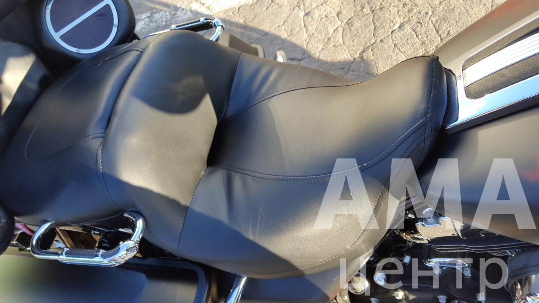 Перетяжка сиденья Harley-Davidson